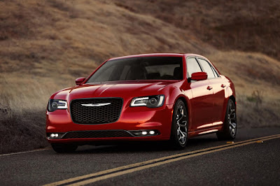 2016 Chrysler 300 on road  Hd Photos 0