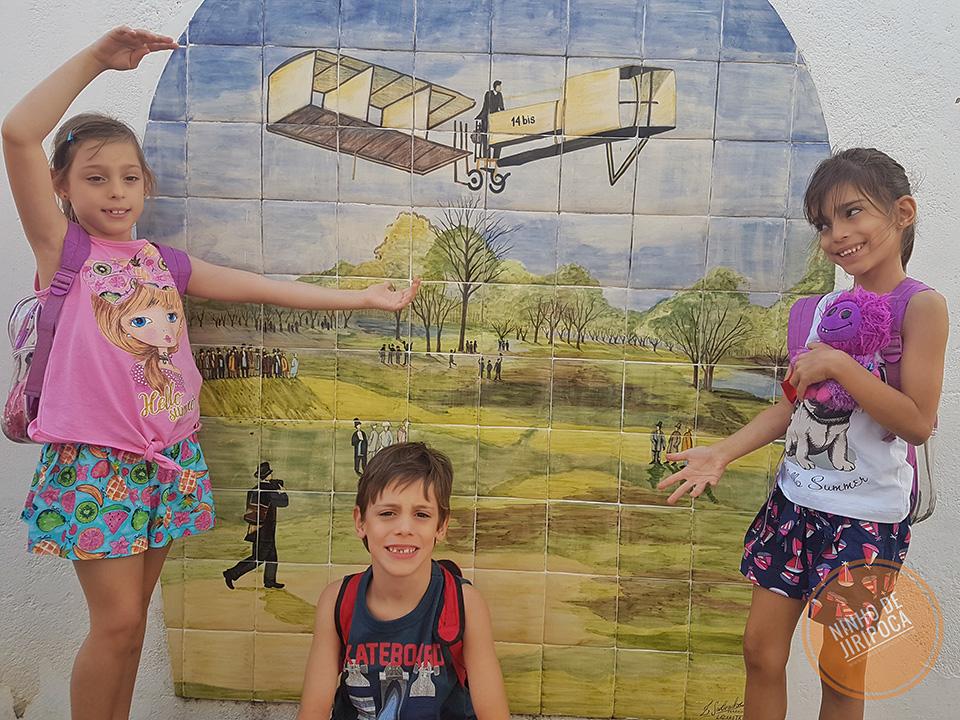 Casa Santos Dumont com crianças