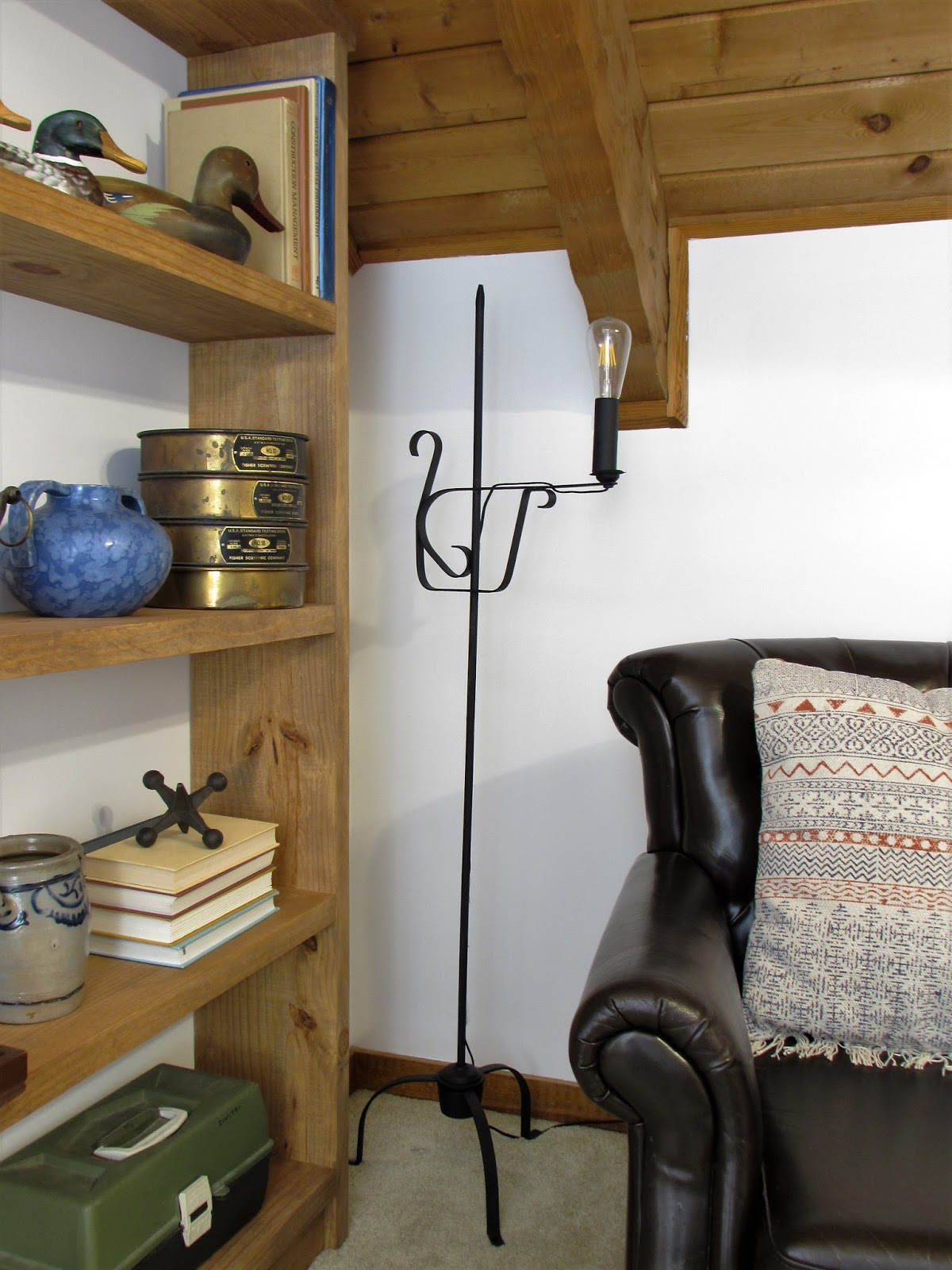 Wrought Iron Floor Lamp Makeover