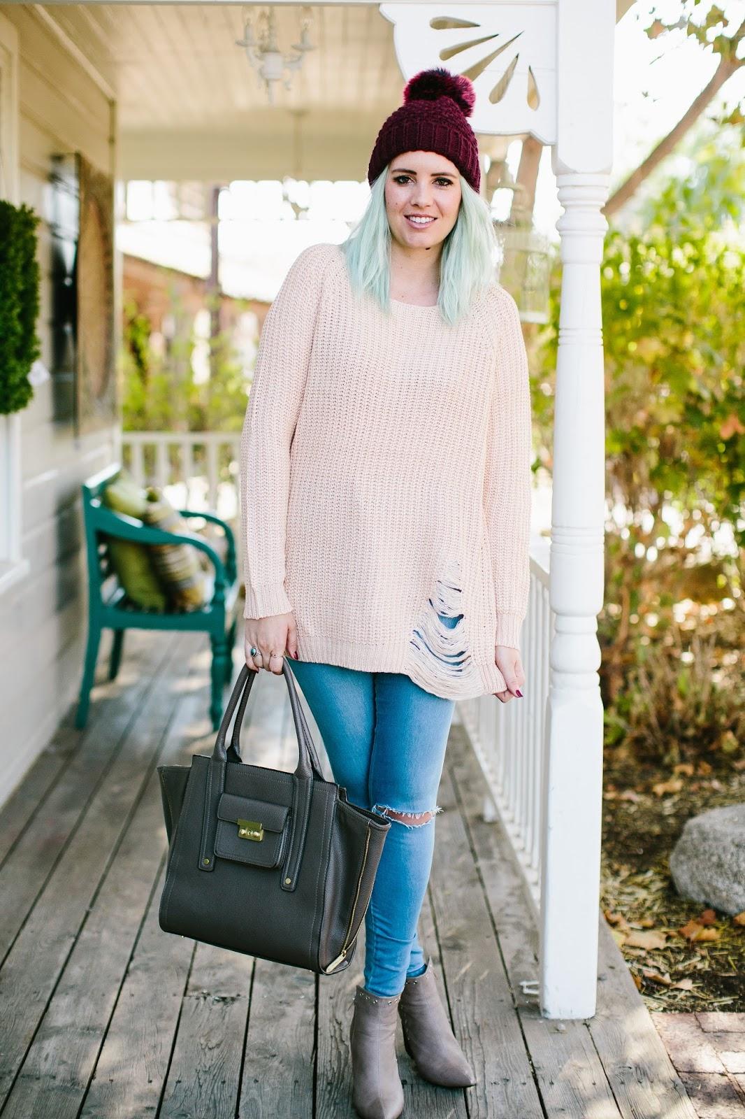 Utah Blogger, Pom Pom Beanie, Fall Outfit