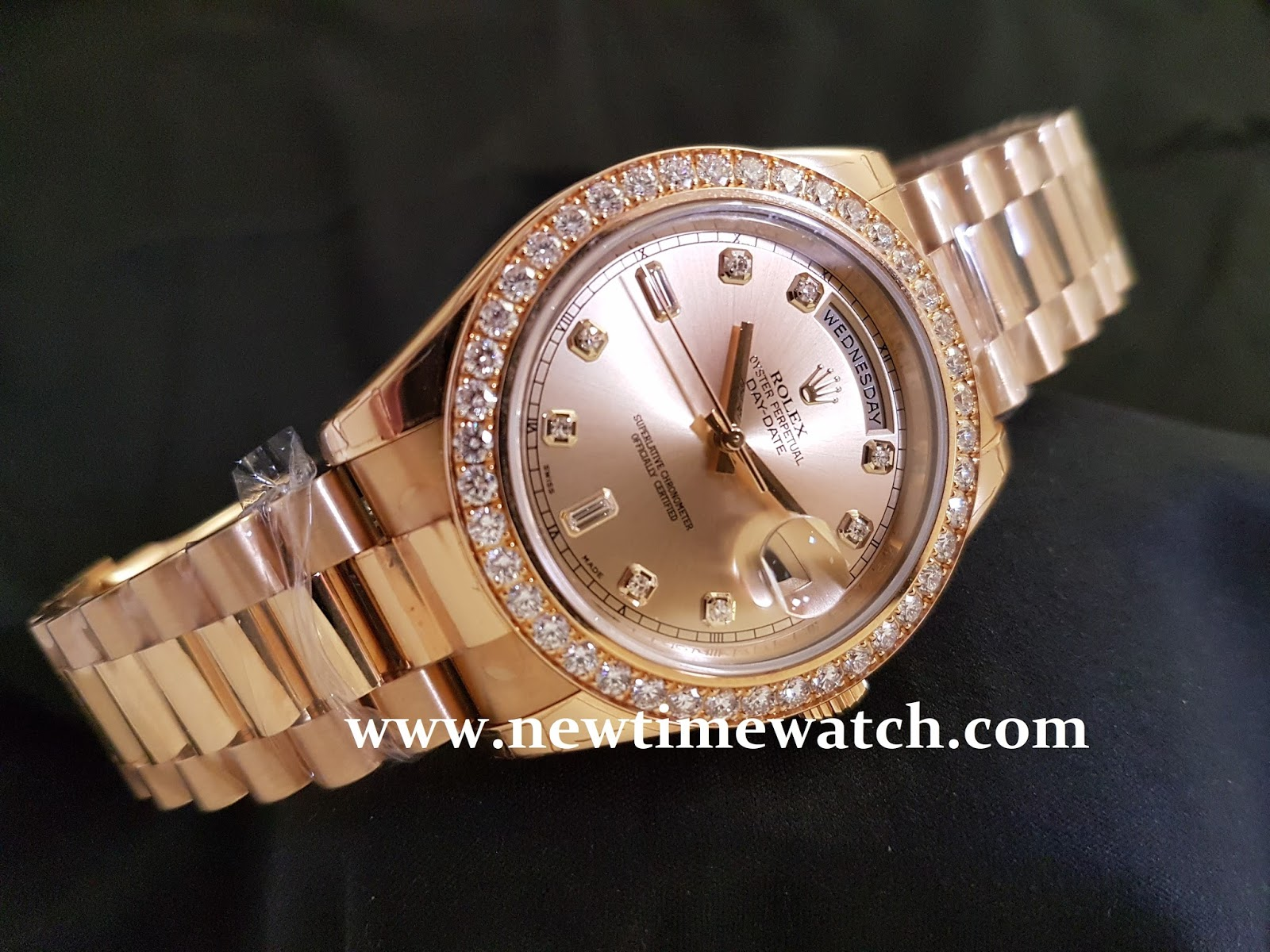 Jual Jam Rolex Gold Original Welcome To Tangan Pria Expedition 6631 Black Yellow Triple Time Sold Daydate Ii Champagne Dial With Index Diamond And Ring 218348 Brand New