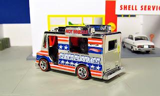 Hot Wheels   Super Chromes  Ice Cream Truck