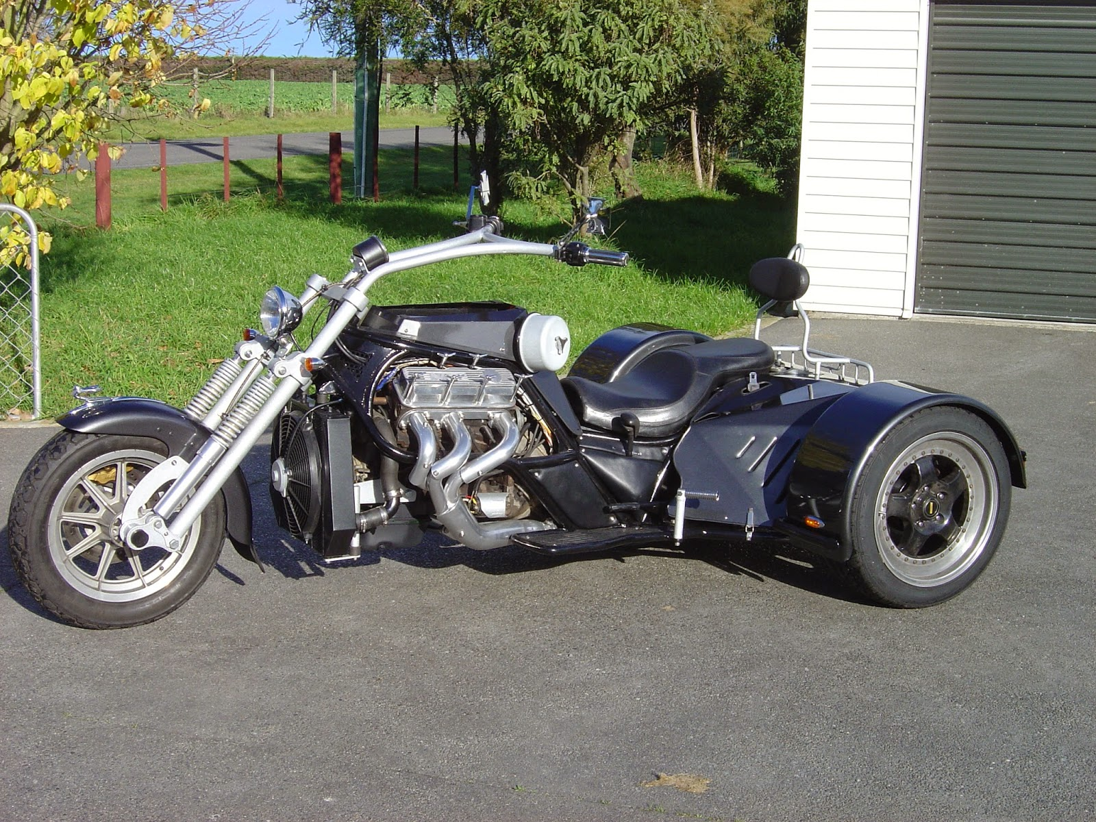trike v6 custom build motorcycles chopper parts sun holden shining shed its