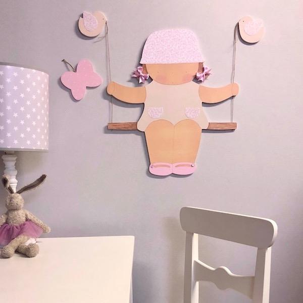 Silueta de niña en columpio , para decoración infantil ,pintada a mano