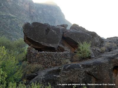 Corral o refugio de piedras