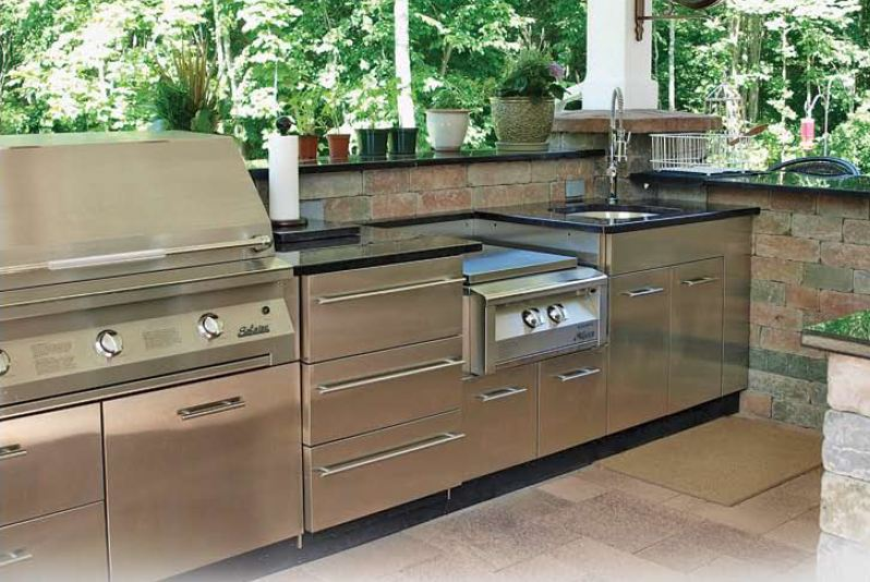 MODE CONCRETE: Stainless Steel Outdoor Cabinets