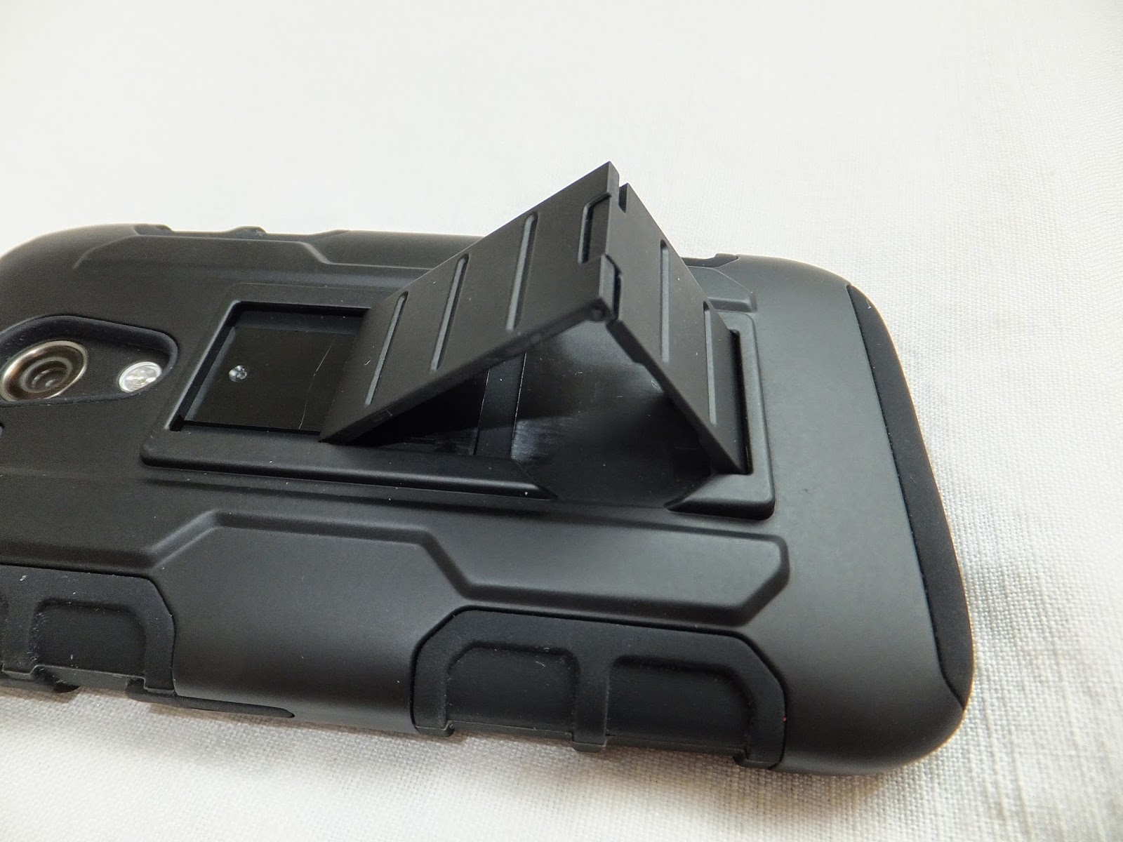 Hybrid armor case for MotoG