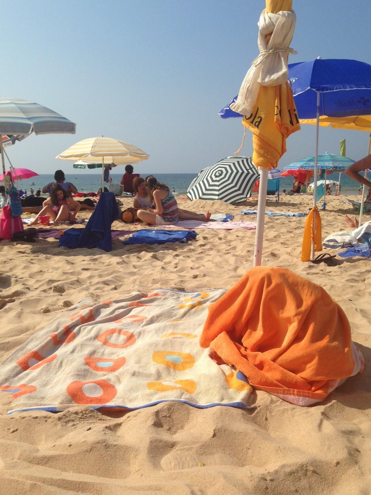 4e13095e2 Diria que esta coisa de guardar lugar (na praia