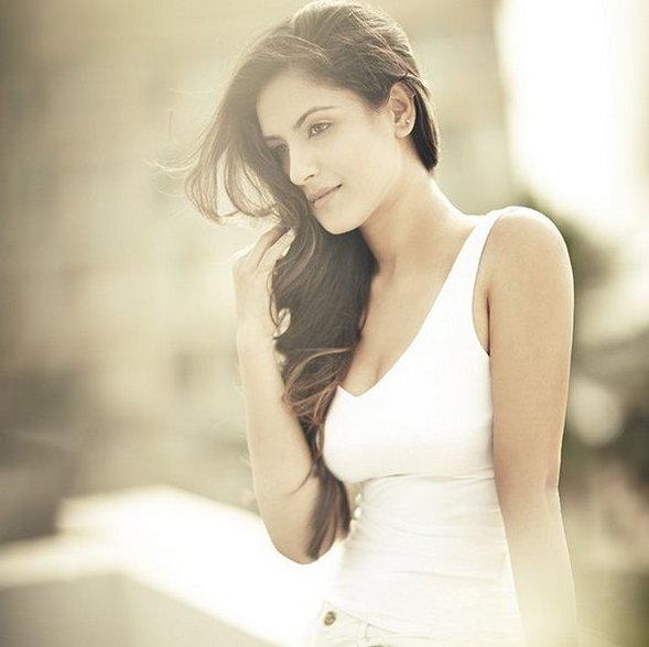 Image result for Pooja Banerjee hot