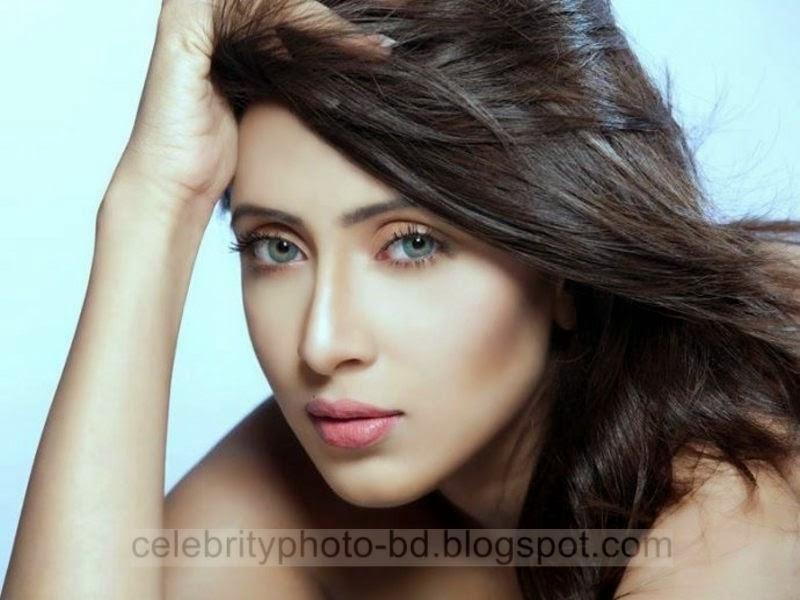 Most Beautiful Sexy Hindu Actress Bidda Sinha Mim's Latest Hot Photos 2014-2015 ( 10 Photos)