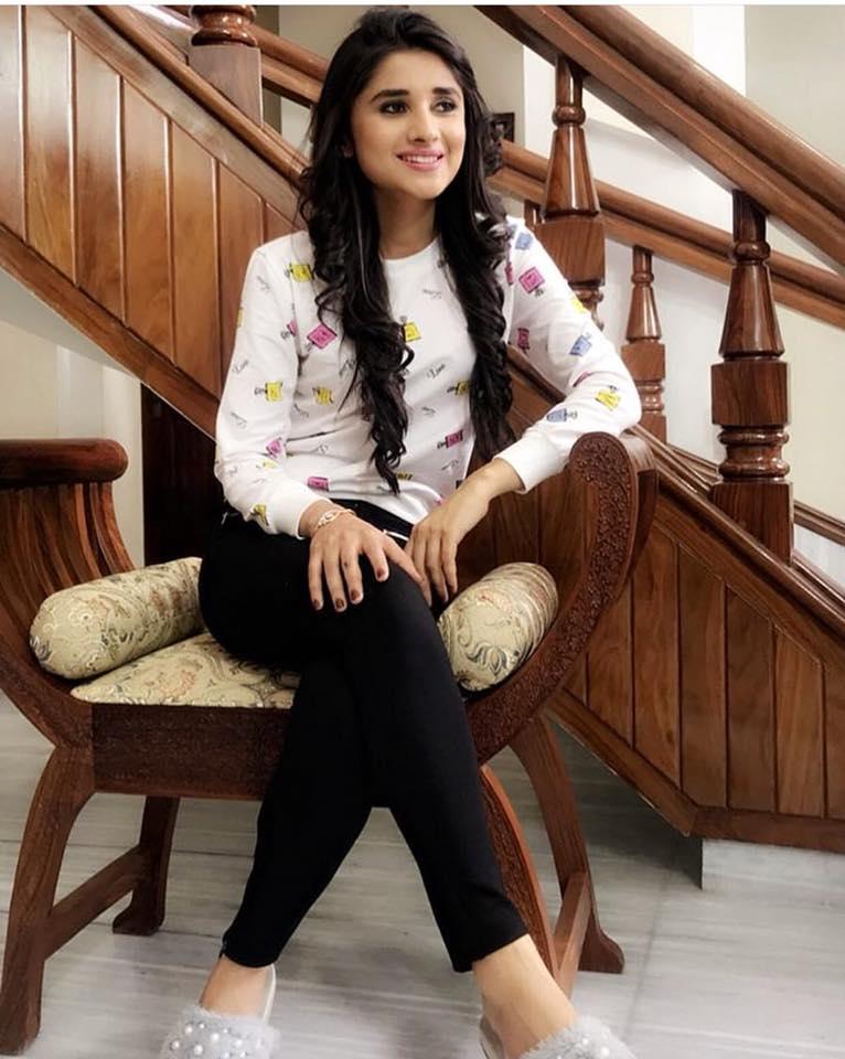 Bollywood News Kanika Mann Hot Sexy Unseen Photos 2018