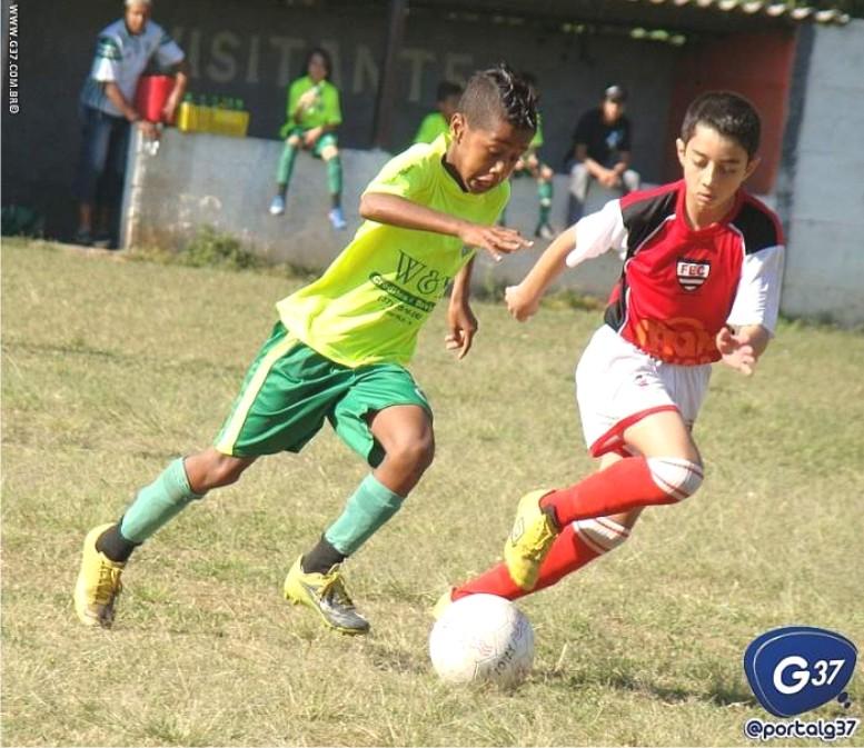 Jogando no Afonso Pena com gols de Lucas (Foto) e Caio o Palmeiras F.C.  levou o título da Categoria 2000 01 (Pré-Mirim) tirando de vez a hegemonia  do ... c6d5bfef639e0