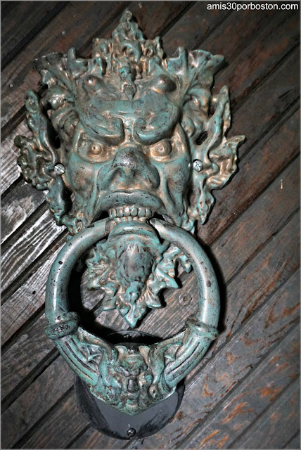 Tirador de una Puerta del Castillo Hammond, Gloucester