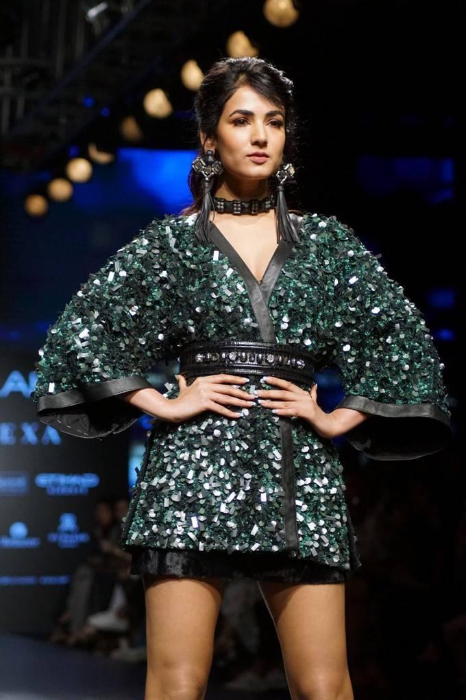 Sonal Chauhan Ramp Walk Stills At LFW Winter 2017