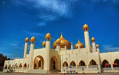 Masjid Al-Makmur, Gambang