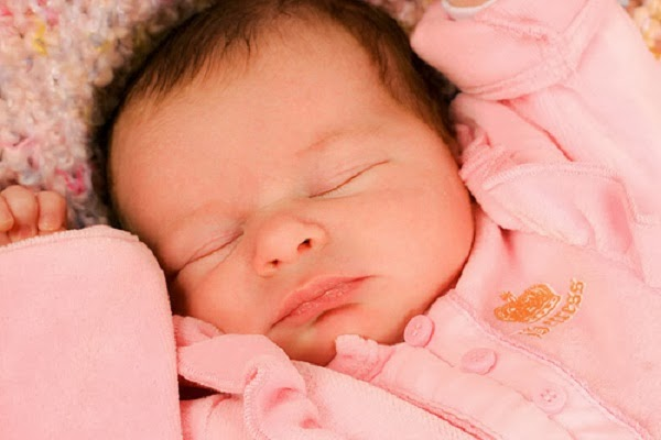 Image bébé nouveau né