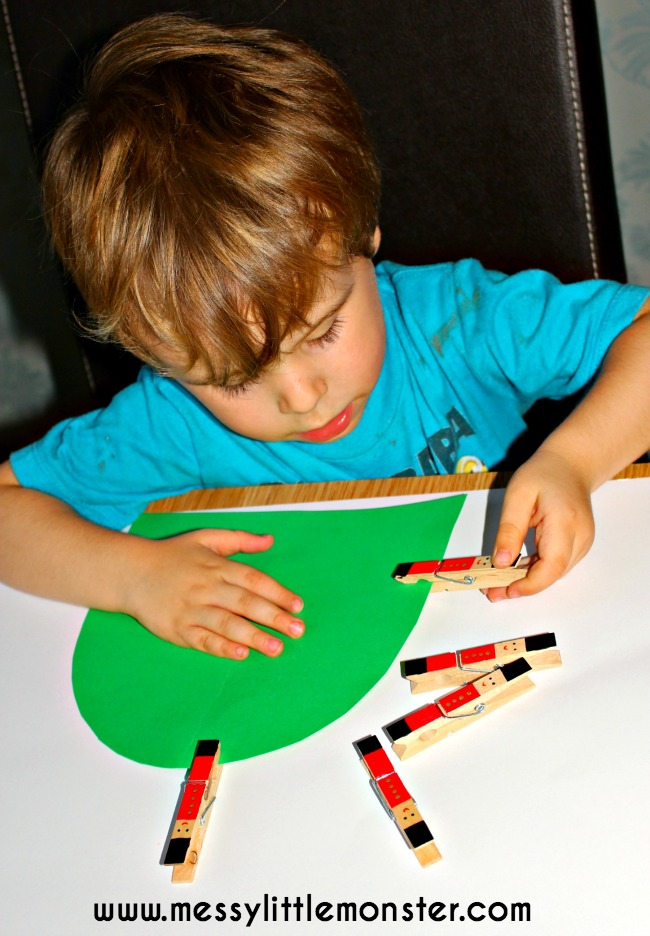 Practise fine motor skills with soldier pegs (Nursery Rhyme: The Grand Old Duke of York)