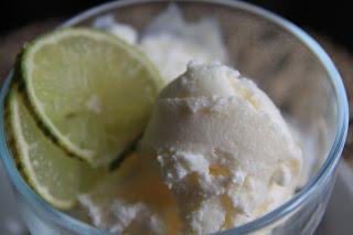 Lody jogurtowe z limonką i kardamonem
