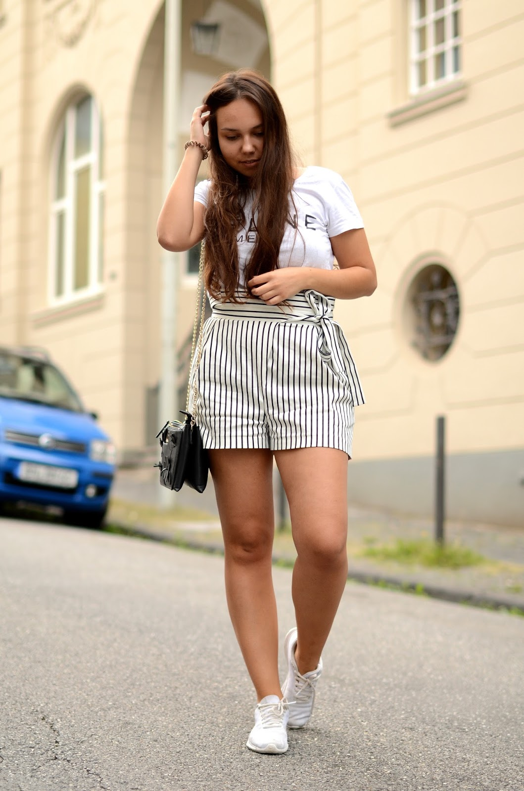 gestreifte high waisted shorts outfit ideen