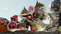 Two Kyurenohs and a giant Ex-Aid