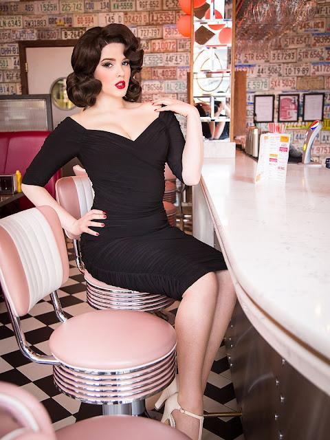 Cassandra Briskman, Featured Pinup, Kirstie My Dear, Miss Sixties Twist, Scarlett Luxe,