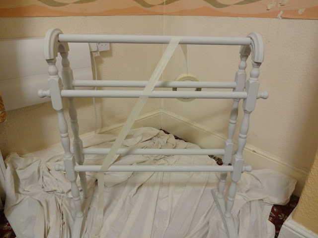 upcycling a vintage towel rail