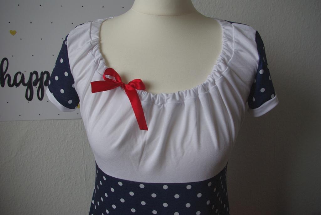 Details Schleife - Kleid Ferrara von Schnittbox Nähblog