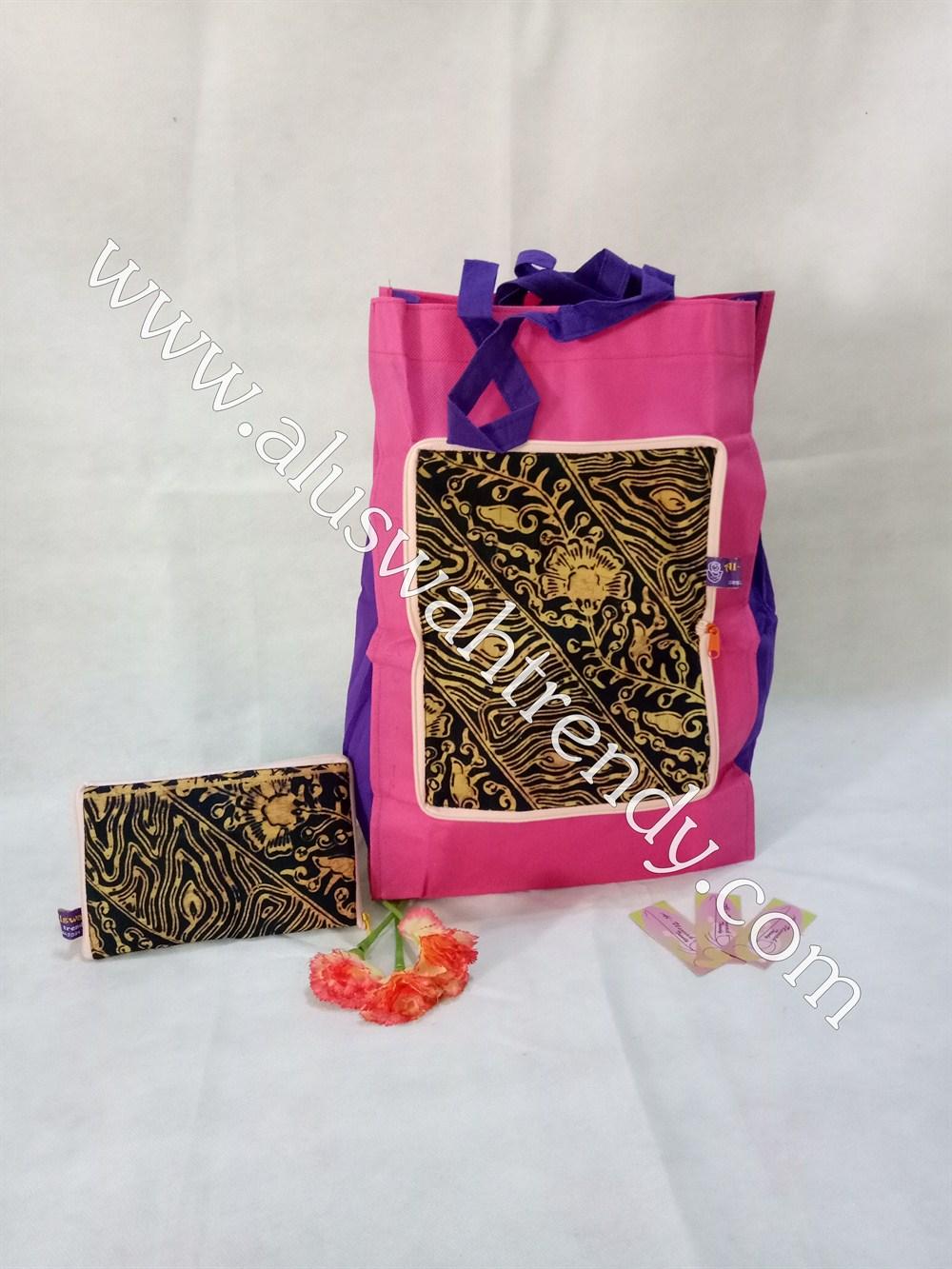 Tas Belanja Lipat Pink Motif Batik 018