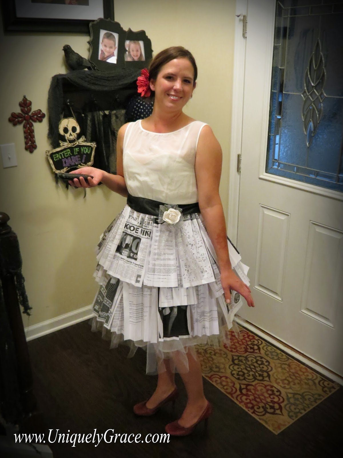 parks and recration leslie knopes wedding dress halloween costume Uniquely Grace