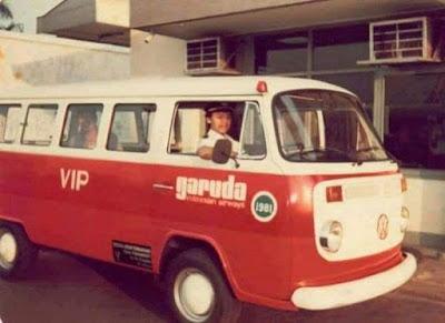 Ternyata VW Combi pernah menjadi Kendaraan operasional Garuda Indonesia, 1979.