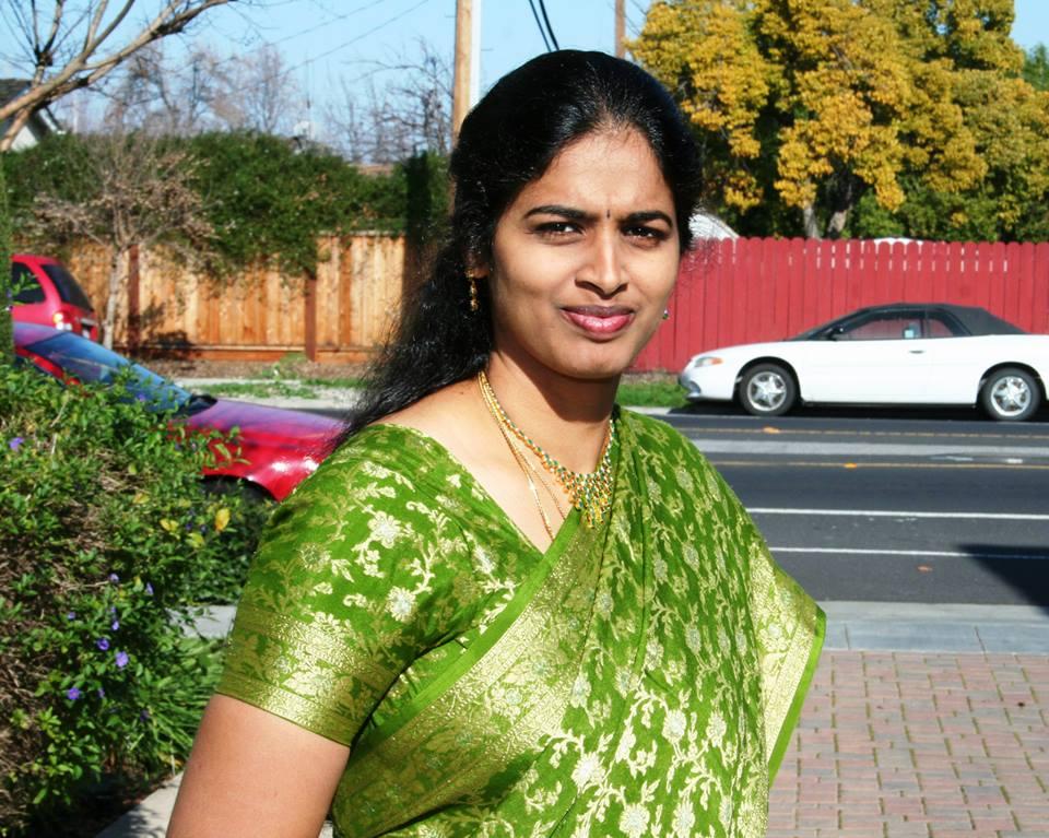 Andhamina Bhamalu  Beautyful Indian Aunty-1270
