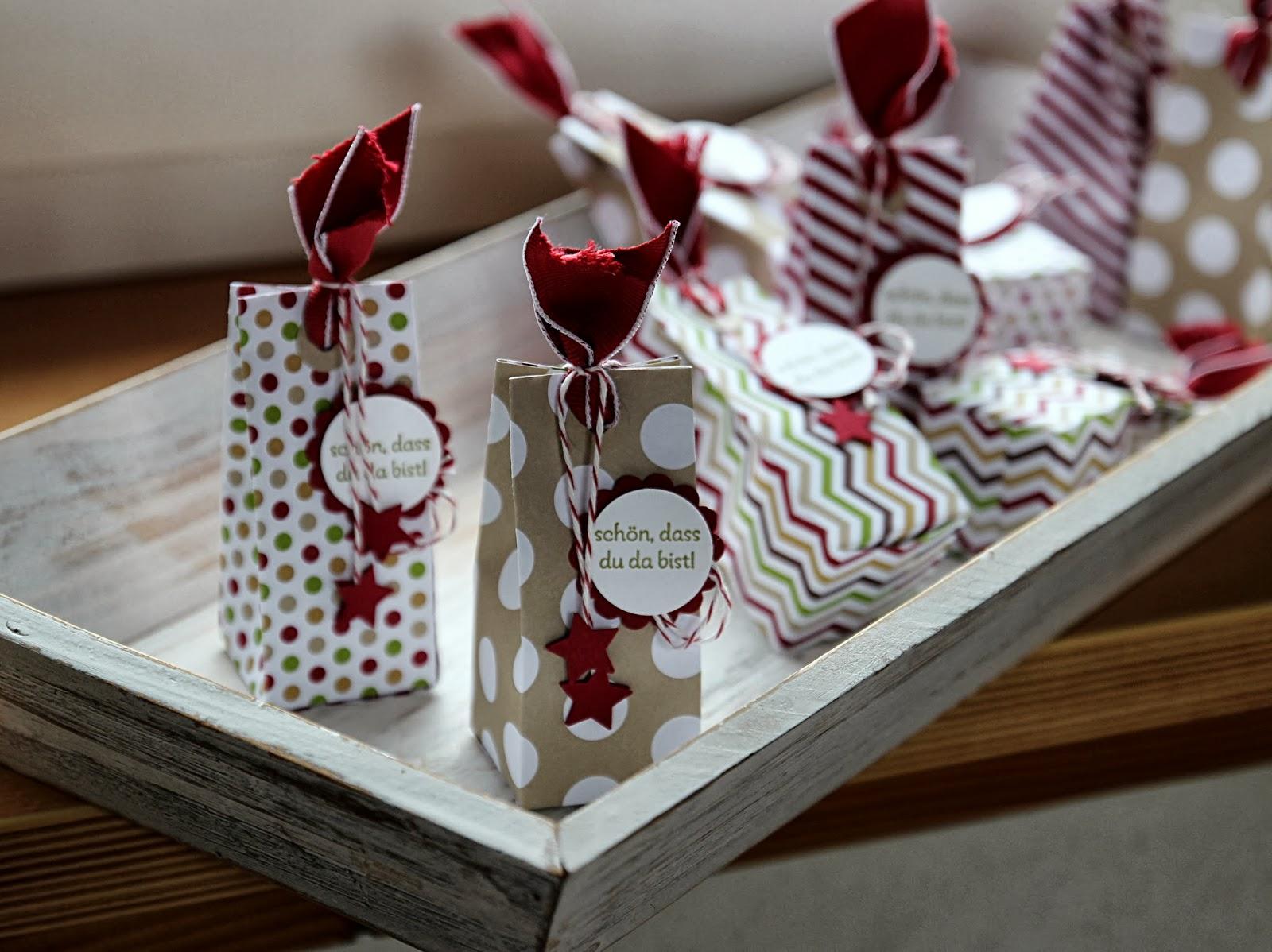 weihnachtliche verpackung. Black Bedroom Furniture Sets. Home Design Ideas