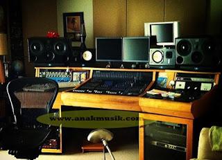 Spesifikasi Komputer Untuk Studio Rekaman Sederhana