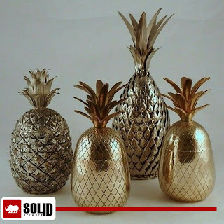 pineapple wine bucket