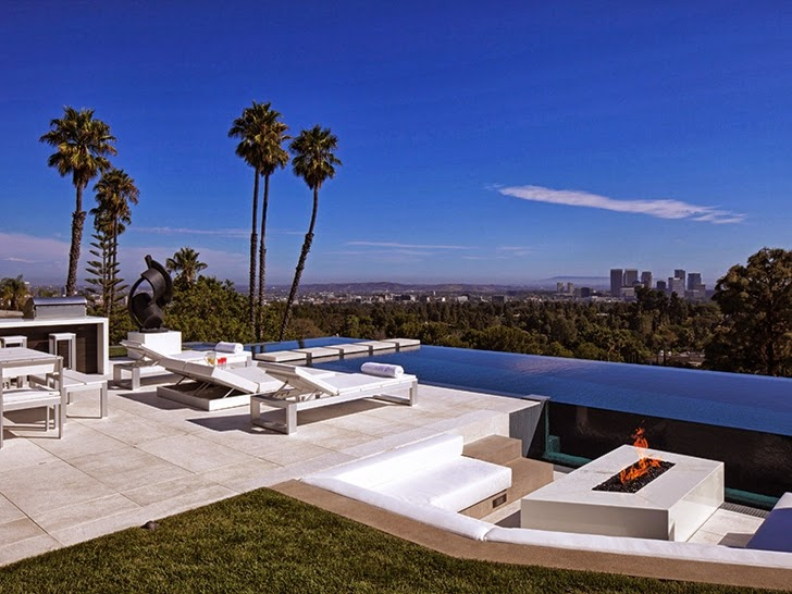 Terrace view from Perfect modern mansion in Beverly Hills