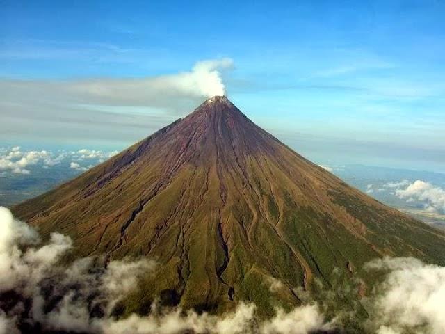 alamcyber 2020 gunung tercantik di dunia