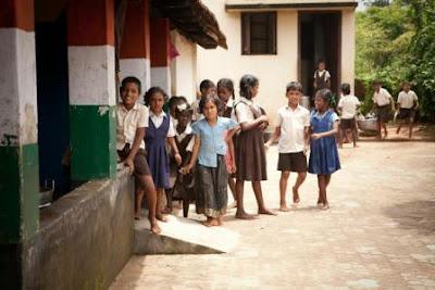व्यंग्य - कसम पूरब वाले बाबाजी की, उत्तर प्रदेश की शिक्षा व्यवस्था पर एक व्यंग्य