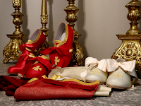 Pontifical Sandals and Buskins Now Available from Ars Comacina