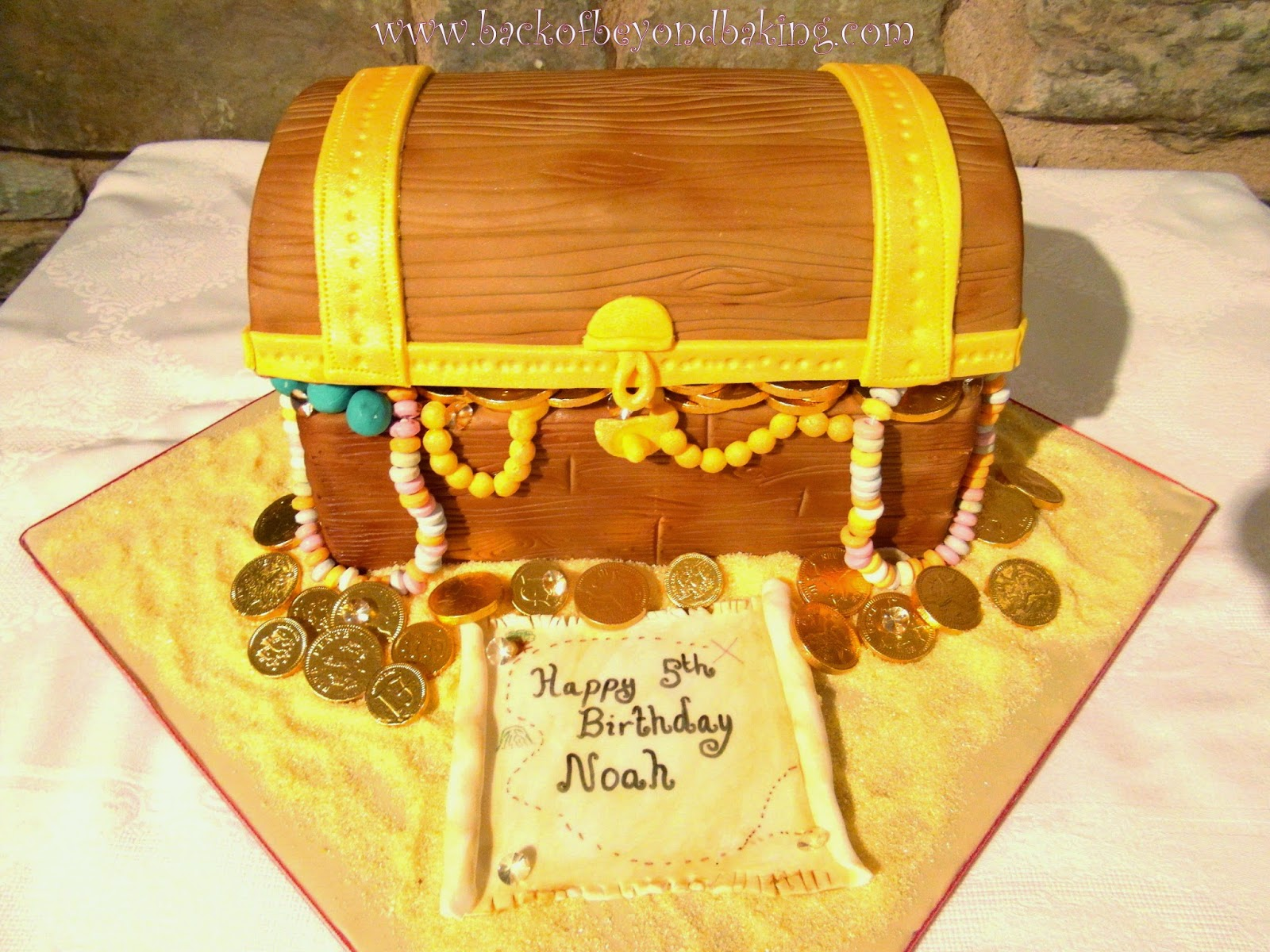 Treasure chest boys 5th birthday cake