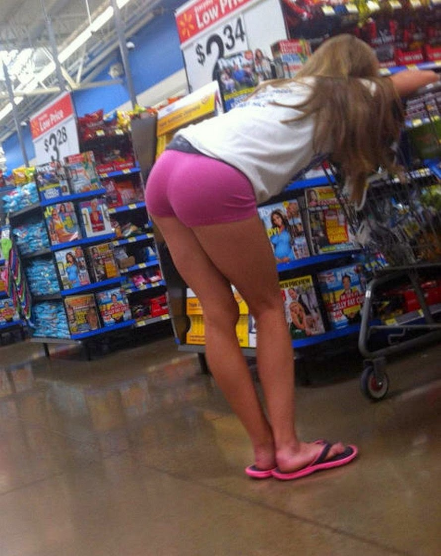 Real teen bent over candid pics