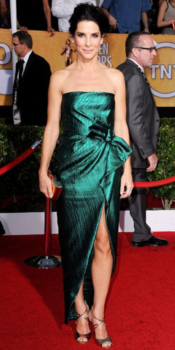 Sandra Bullock in dark emerald Lanvin gown at the SAG Awards 2014