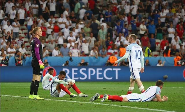 Umbro se ríe de Nike con la eliminación de Inglaterra