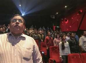 Tolak Berdiri saat Lagu Kebangsaan Diputar, 20 Penonton di Bioskop Ditahan