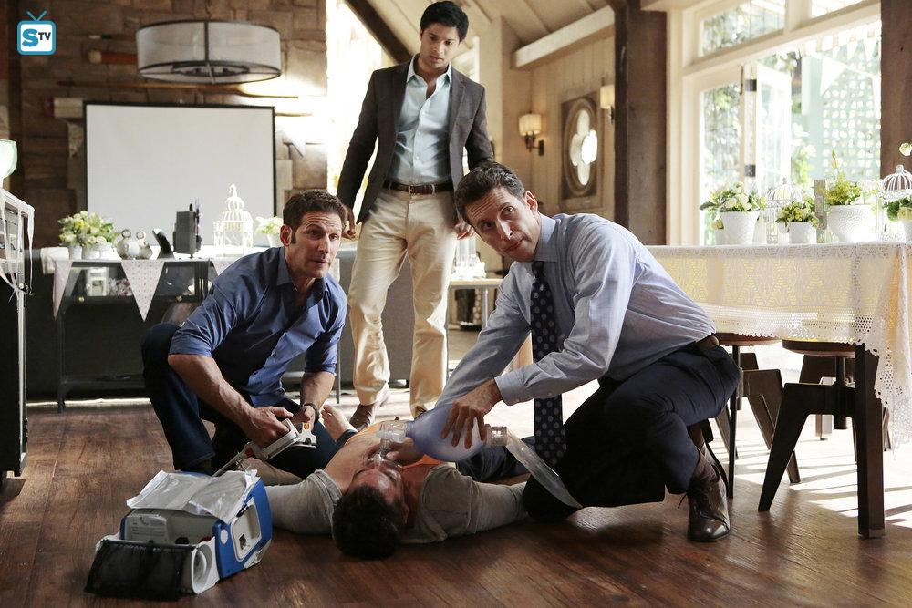 Royal Pains - Episode 8.05 - Saab Story - Promotional Photos