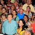 Mão Santa comemora seu aniversário junto ao povo em grande festa na Av. São Sebastião