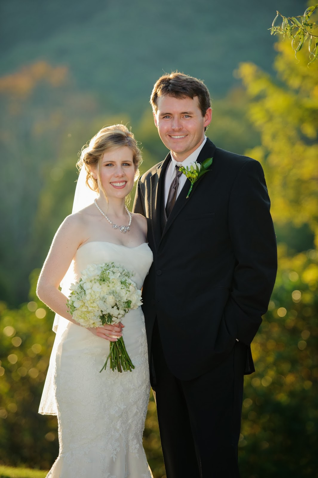 Shawn Johnson Wedding.Cable Photography Video Laura Renfro Shawn Wilson Wedding