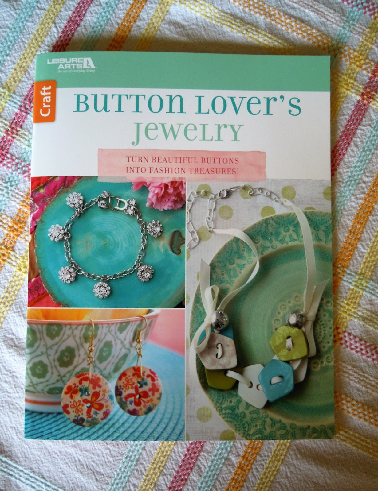 Terry ricioli designs book review button lover 39 s jewelry for Terry pool design jewelry