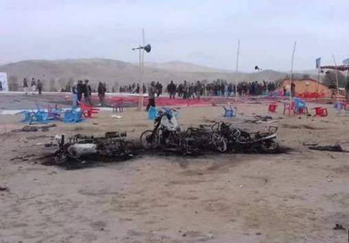 انفجار في شمال أفغانستان،  يوقع أكثر من 15 قتيلاً وعشرات الجرحى.