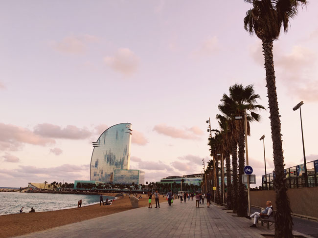 Barcelona in 3 days - Barcelona travel guide - Barceloneta