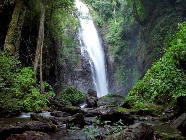 Cachoeira Queda do Meus Deus em Eldorado-SP